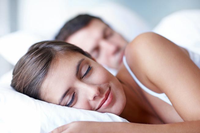 Professionelle Ohrstöpsel dämpfen Schnarchgeräusche für den entspann