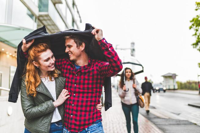 Ratgeber Online-Dating: Was von Männern bei der Partnersuche erwartet w