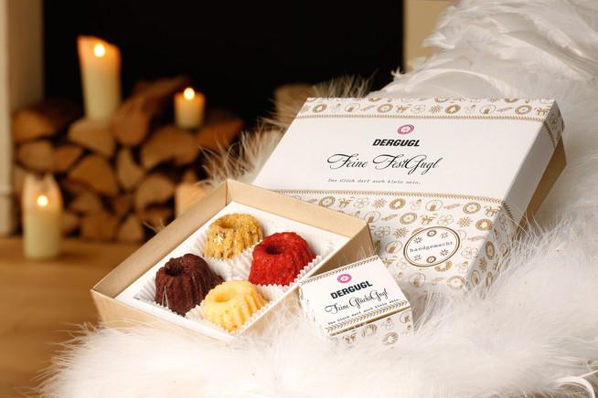 Mini-Guglhupfe in schönen Geschenkboxen: Online bestellt und frisch ver