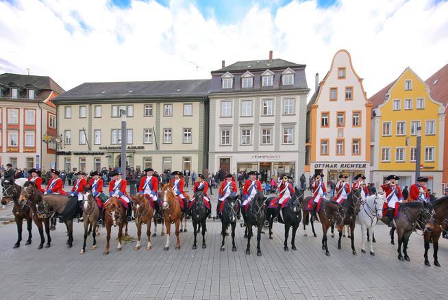 Das große Schaulaufen der Pferde