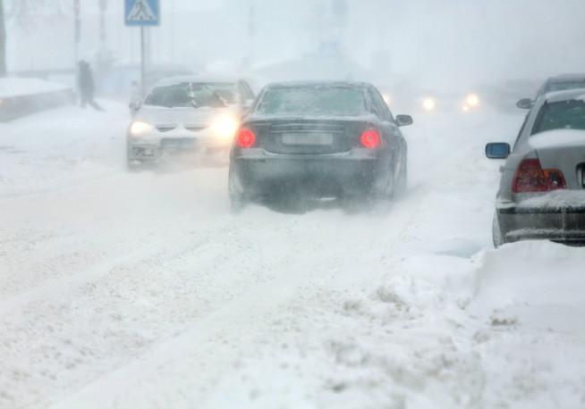 Die wichtigsten Regeln für Beschleunigung und Lenkung auf Schnee