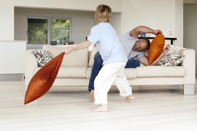 fl chenheizungen k nnen ganz nach bedarf w rmen oder k hlen. Black Bedroom Furniture Sets. Home Design Ideas