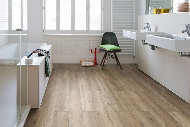 📰 Wohngesunde Designböden sind vor allem auch für Bad und Küche ...